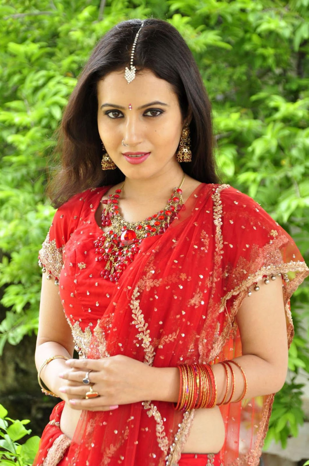 Girls Are My Weakness Anu Smruthi Telugu Actress In Red -7850