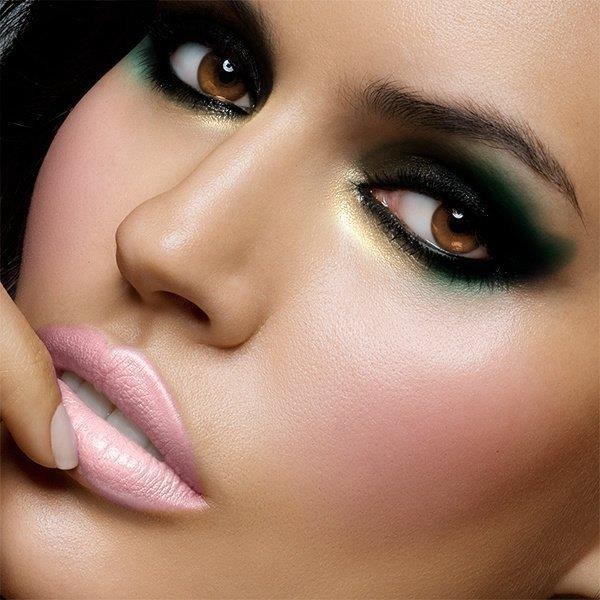 Stunning Eye Make-up Ideas For Your Inspiration