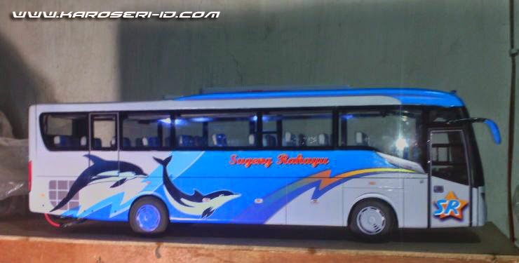 Miniatur Bus Discovery Sugeng Rahayu Side