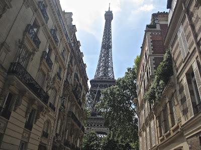 K-dujour goes to Paris!!