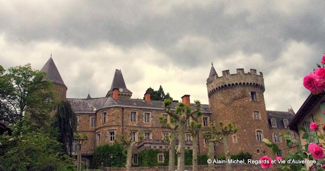 Château de Busset, Allier.