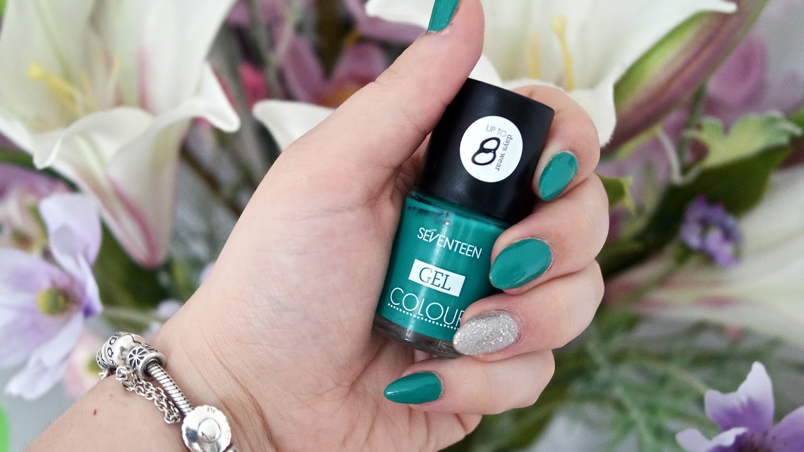 Emerald Tropics Nails Seventeen - Five Happy Things