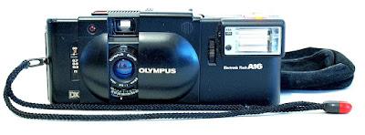 Olympus XA 4 (Zuiko 28mm 1:2.8) #594, A16 Electronic Flash