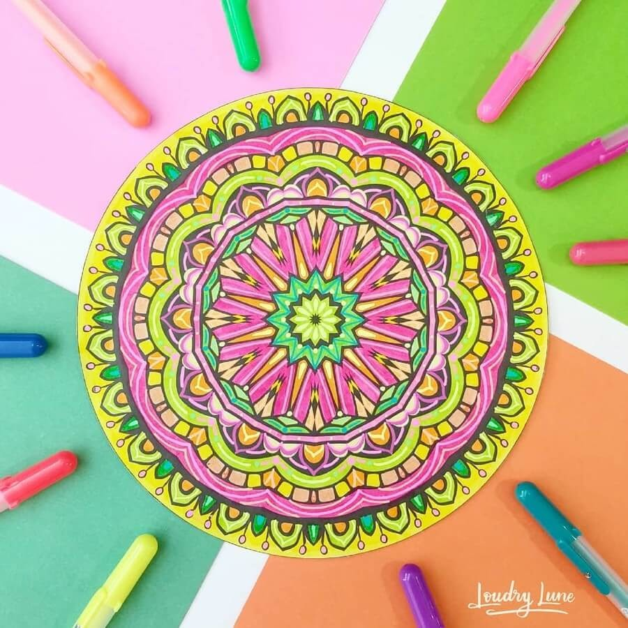 12-Colorful-Mandala-Loudry-Lune-www-designstack-co