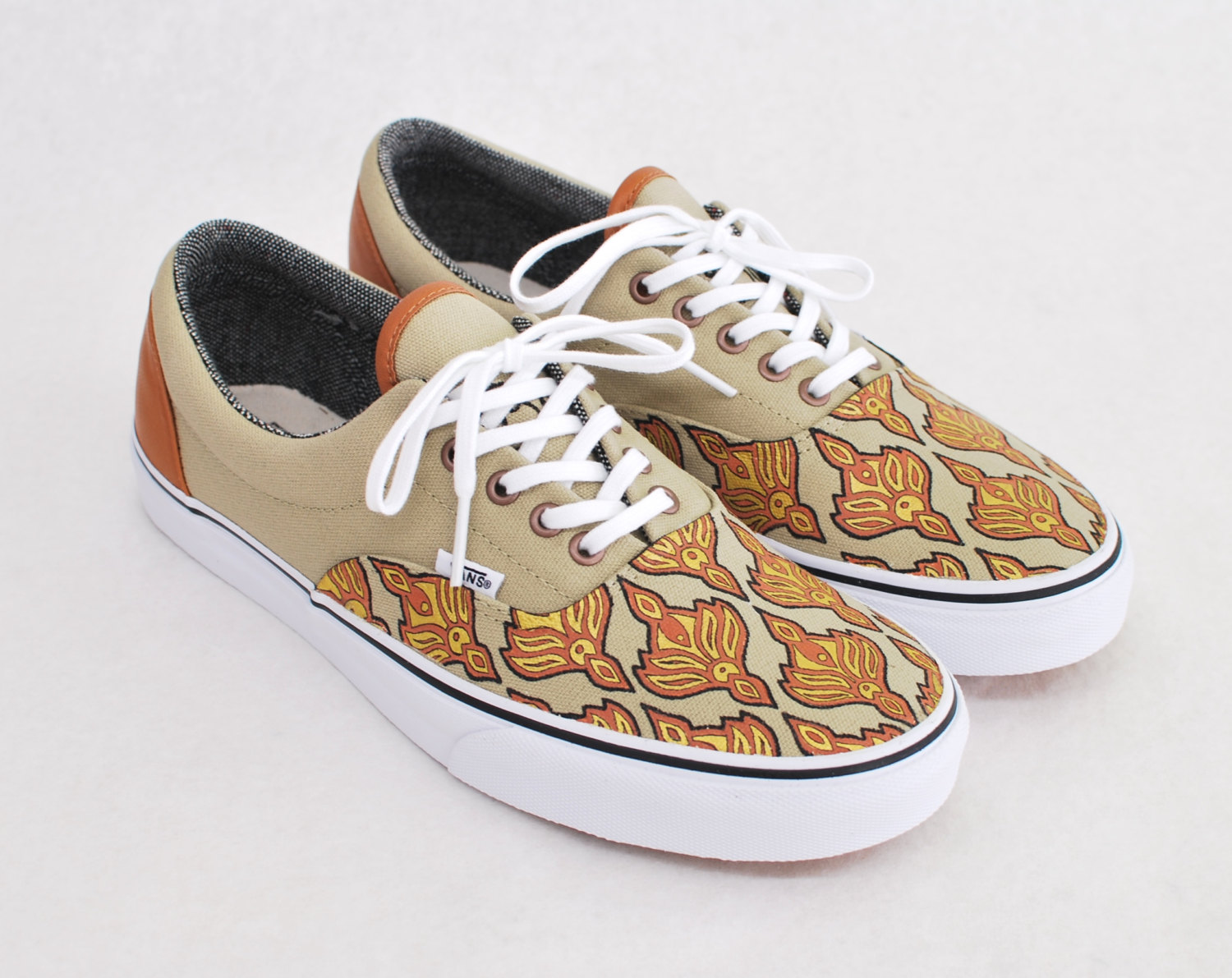 10 Super Cool Pairs Of Customized Vans Shoes for Sale On ...