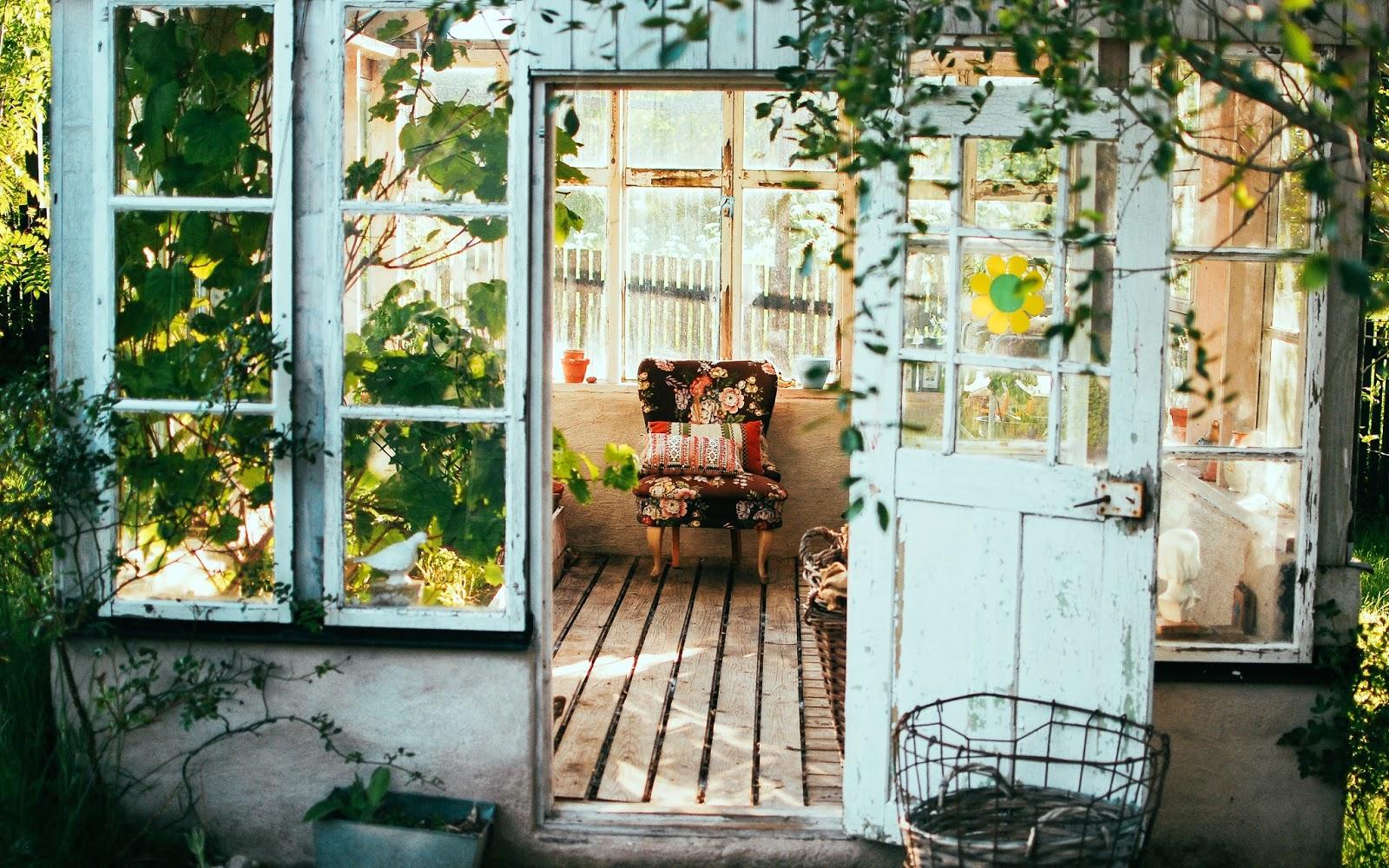 Gezellig Zonnig Balkon : Maak je tuin of balkon gezellig met deze items proof over