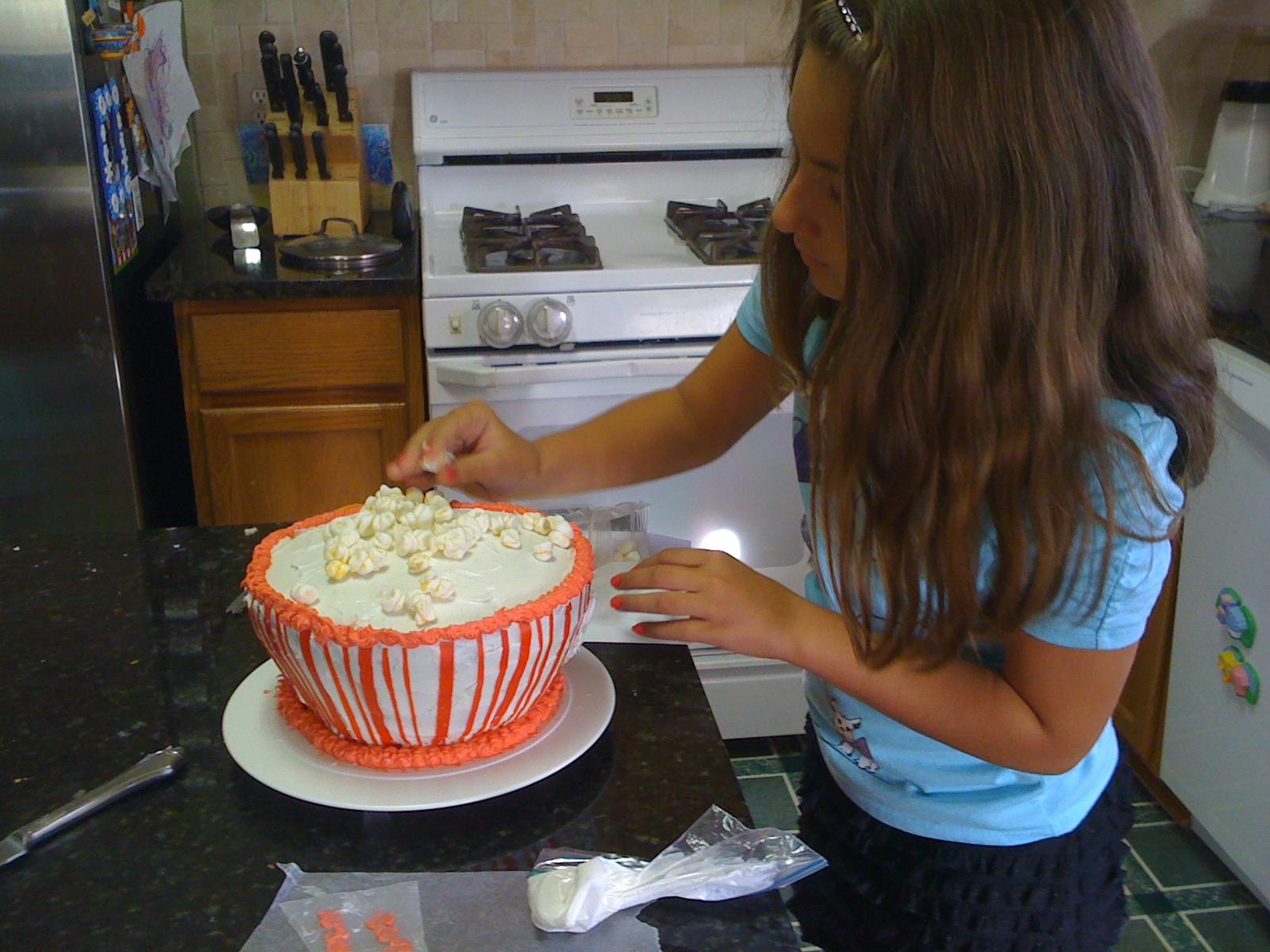 Decorating Cake Idea