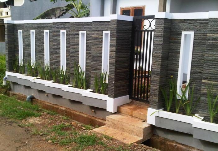 Perkhidmatan Membuat Pagar Puchong Jalan Meranti Tukang Renovation Kayu Landscape