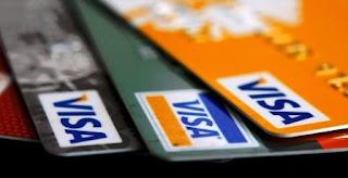 La Cámara de Diputados de la Nación tiene en discusión el proyecto con sanción del Senado que reduce las comisiones bancarias por el uso de tarjetas de crédito y débito. El proyecto, del chubutense Alfredo Luenzo (UNA), con el fuerte apoyo de la Cámara Argentina de la Mediana Empresa (CAME), reduce del 3 al 1,5% las comisiones por compras con tarjetas de crédito y elimina totalmente las correspondientes a las tarjetas de débito, hoy en el 1,5%.