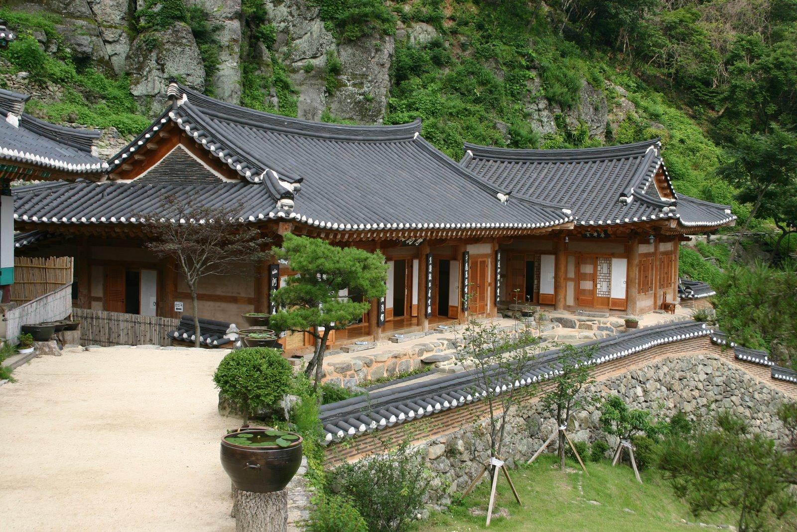 Maria margareta hanok the korean house - Mansions in south korea ...