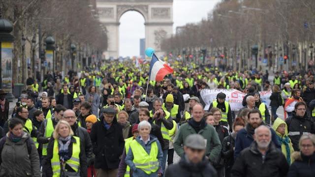 Chalecos amarillos suman 16 semanas de protestas contra Macron