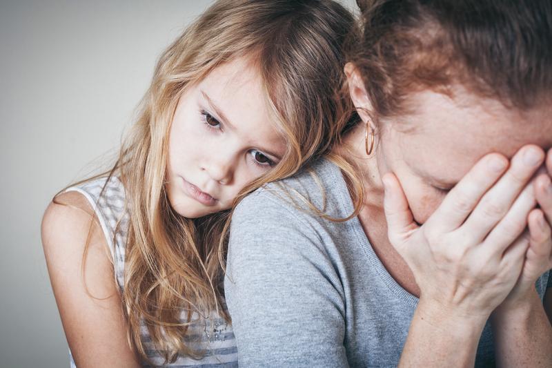 Aşırı korumacı anne-babaların çocukları obez olabilir!