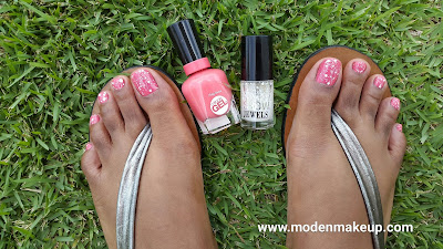 Sally Hansen 'Pretty Piggy' - www.modenmakeup.com
