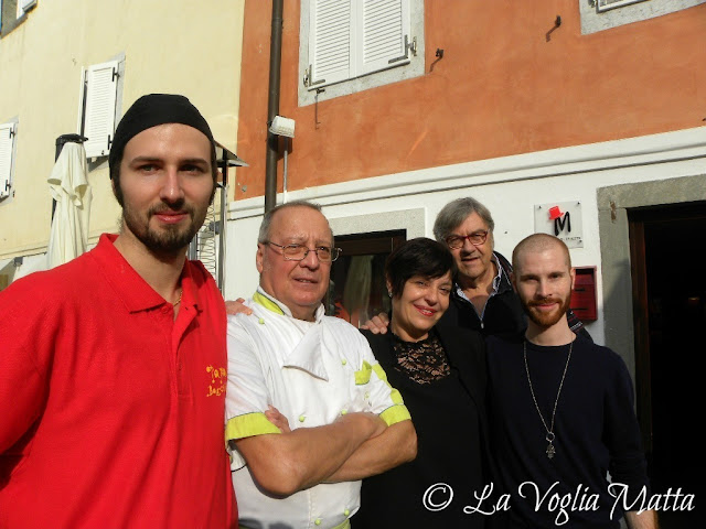 Tapas Barcelona staff