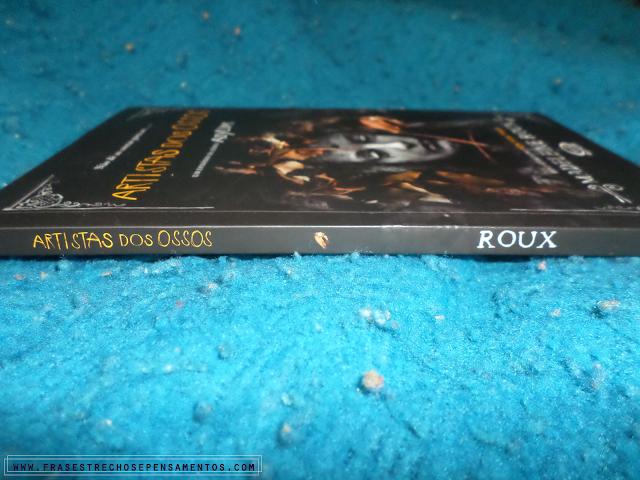 Resenha: Artistas dos Ossos - Madeleine Roux O Gabriel Lucas - #OGL