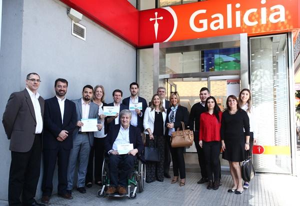 El informatorio banco galicia recibi la certificaci n de for Sucursales galicia cordoba