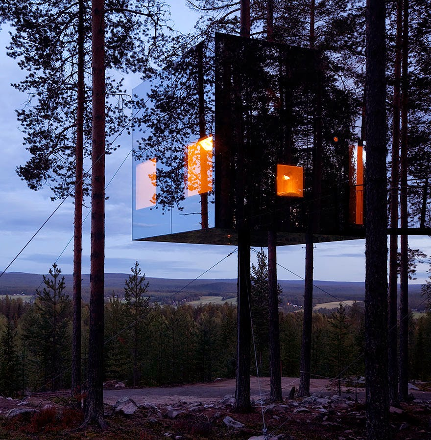 13. Mirrorcube Treehouse Hotel, Sweden - 26 Of The Coolest Hotels In The Whole Wide World