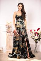 Rochie de ocazie neagra cu imprimeu floral si paiete