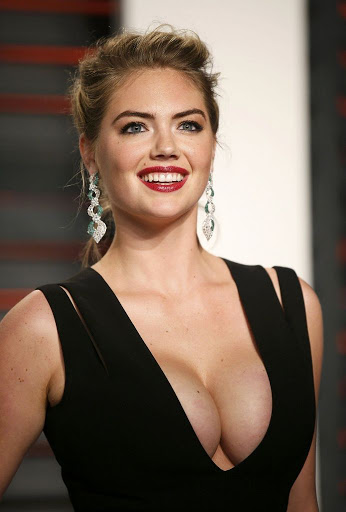 Kate Upton – Vanity Fair Oscar 2016 Party Red Carpet Dresses