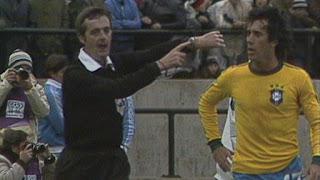 arbitros-futbol-Clive-Thomas