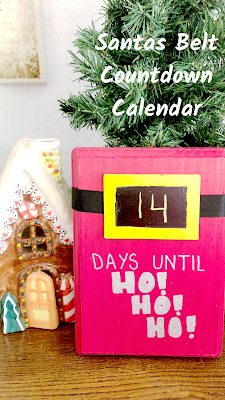 Countdown to Christmas with this super easy Santa's belt countdown calendar. For those of us who don't have a cutting machine, this is quick and easy to make and still looks awesome. #countdowncalendar #santasbelt #christmasdecor #christmasdecoration #diypartymomblog