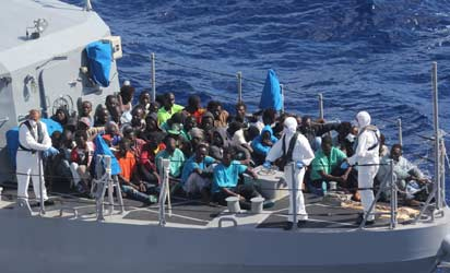 EU offers Niger $635m to block migrants