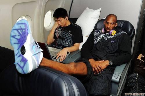 monster beats head phone: Kobe Bryan and the Monster beats ...