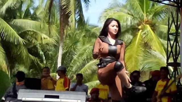Instagaram Dewi Persik di Hack