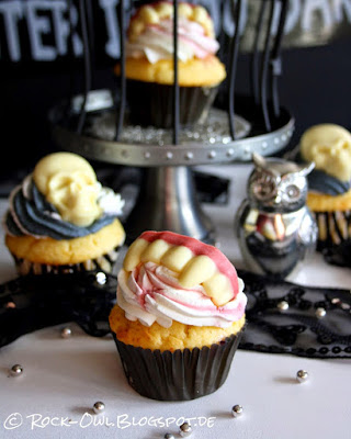 http://rock-owl.blogspot.de/2014/10/bite-night-creepy-cupcakes-mit-biss.html