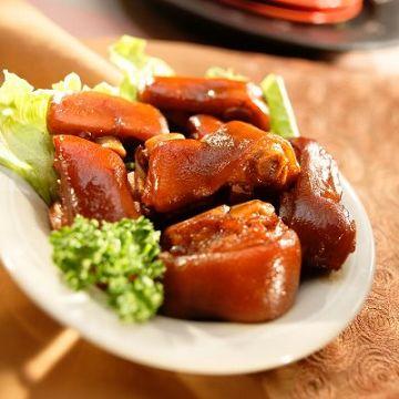 《西井村蜂蜜滷味》招牌豬蹄花