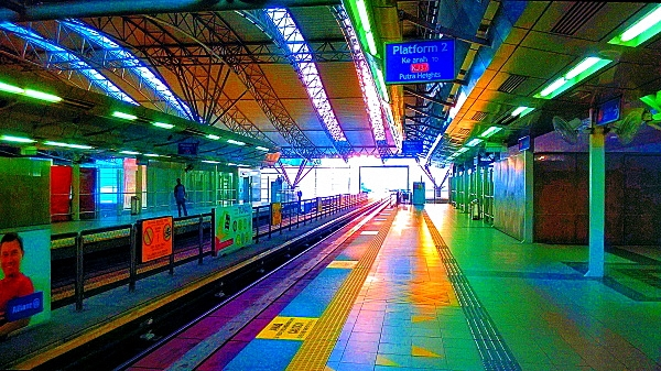 Mobile Photography, Colors of KL Sentral 02