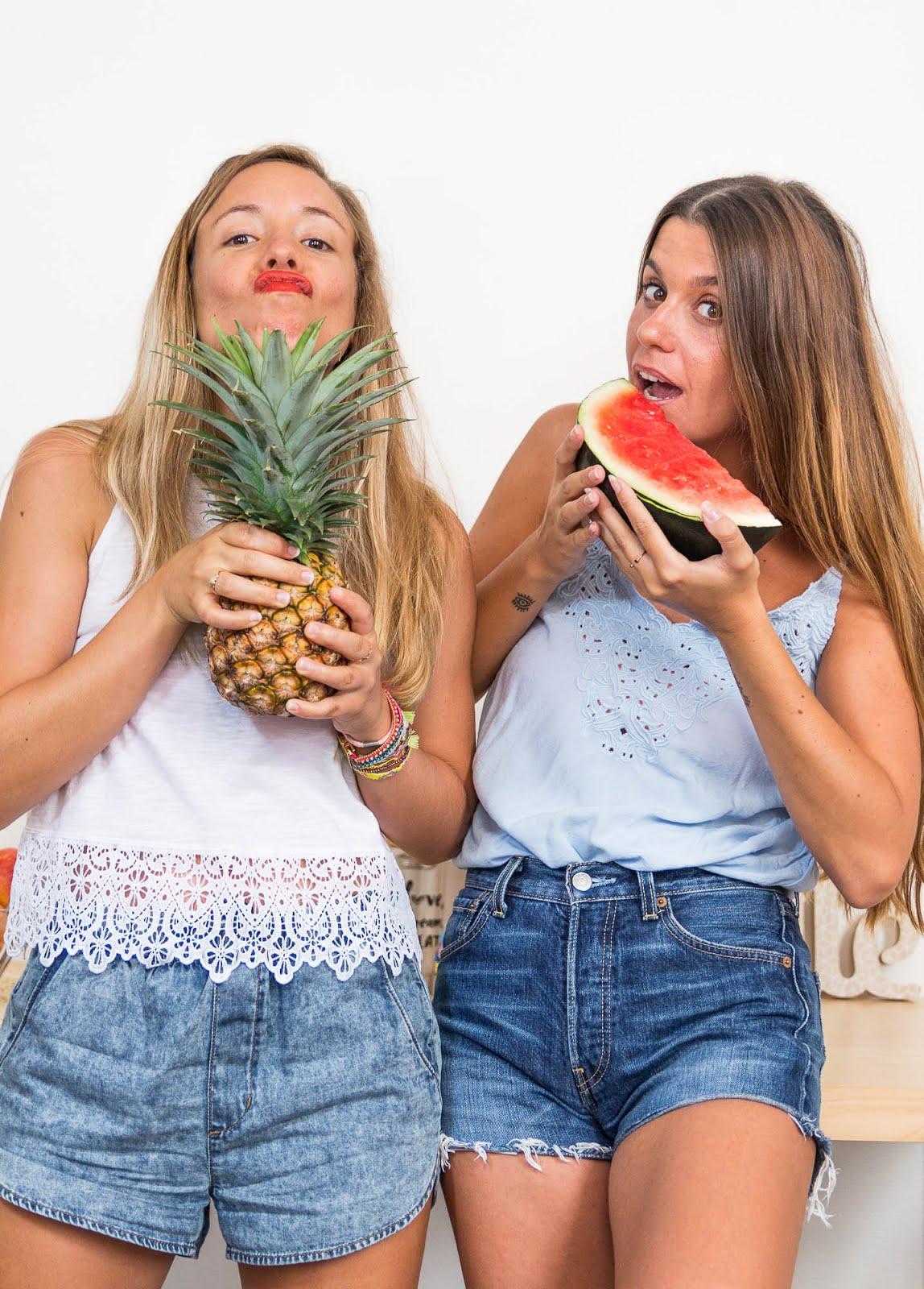 Filles fun ananas pastèque