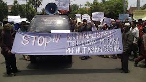 Para Petani Perhutanan Sosial, Demo ke Pendopo...
