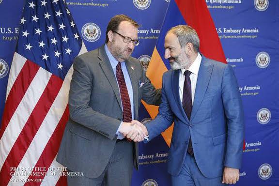 """EE. UU. aclama a Armenia como """"buen amigo y socio"""""""