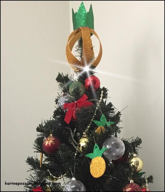 árvore de natal com abacaxi