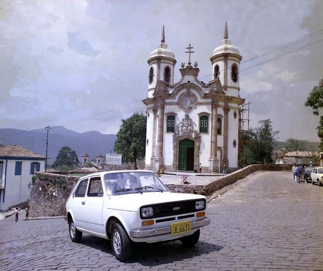 Fiat 147 - pioneiro da marca no Brasil