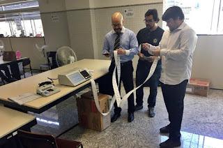http://vnoticia.com.br/noticia/3144-urnas-eletronicas-que-serao-usadas-nas-eleicoes-comecam-a-ser-inseminadas
