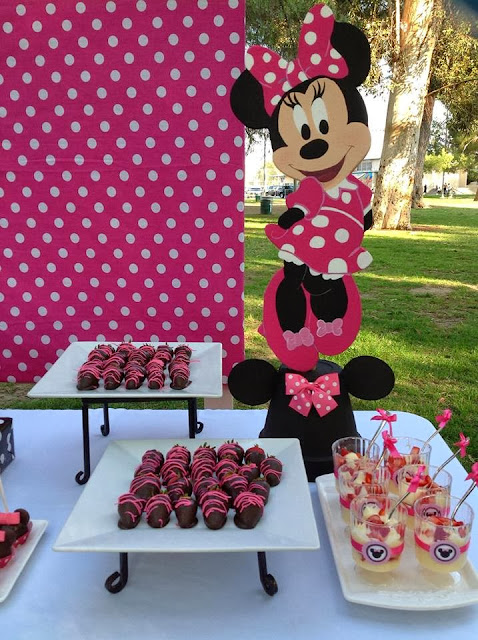 Pink Minnie Mouse Party - Baby Shower Ideas - Themes - Games