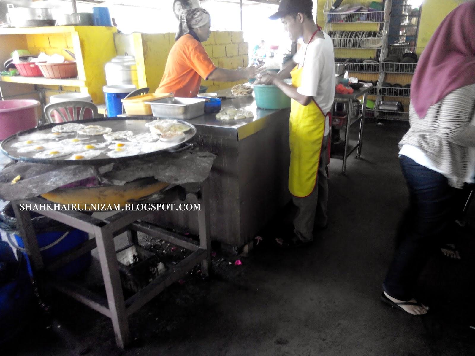 Pencari Makan Travel Food Roti Canai Kayu Arang Bakar Melaka
