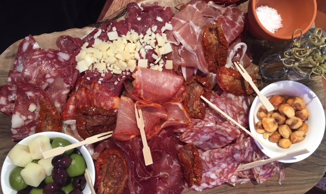 continental-meat-and-cheese-platter-from-Lidl