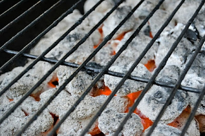 BBQ COALS AND GRILL