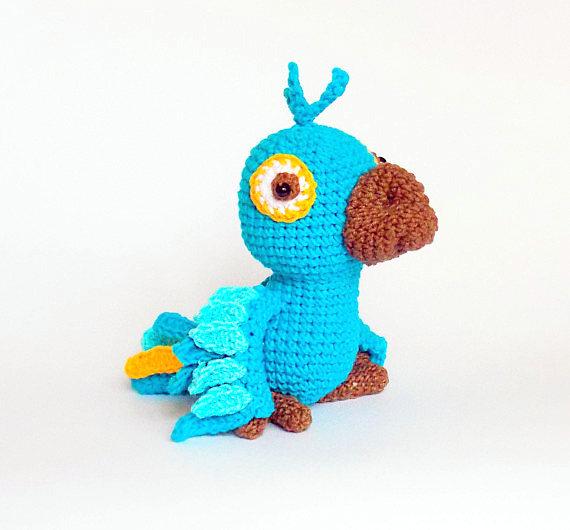 crochet, free pattern, Ravelry, amigurumi, parrot, stuffed toy, #haken,  gratis patroon, papagaai, knu…   Crochet parrot, Stuffed animal patterns, Crochet  amigurumi   530x570