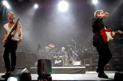 Foto de Sting cantado en concierto