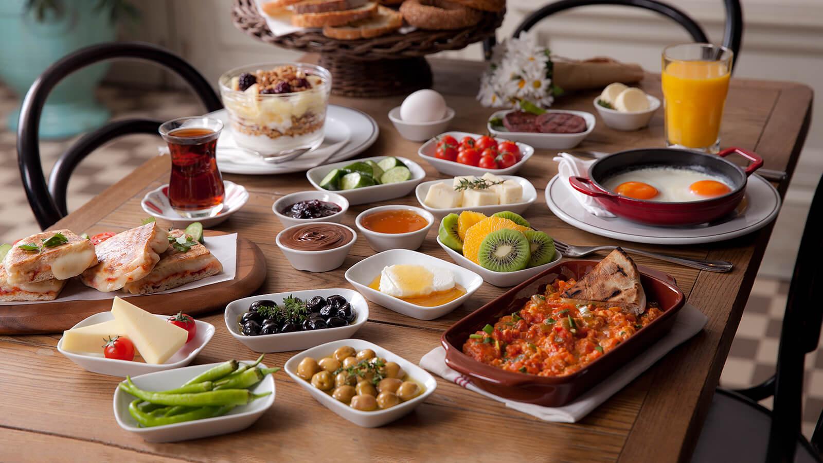 Bebek Sahildeki En İyi 10 Kahvaltı Mekanı