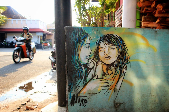 A 3 Week Trip in 3 Cities: Singapore, Yogyakarta, and Ho Chi Minh, searching for urban art and underground culture in Southeast Asia with Italian Street Artist Alice. 1
