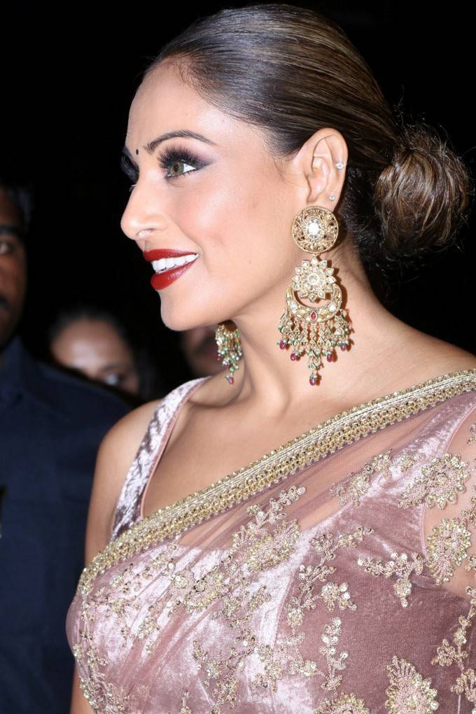 Bipasha Basu In Pink Saree At Great Indian Wedding Book Launch