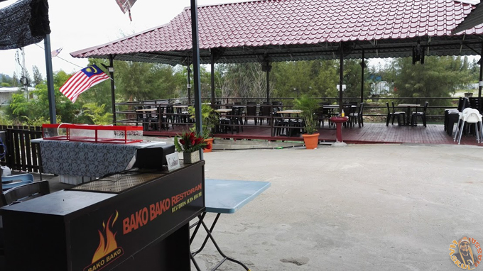 Kolam Pancing Marina Island