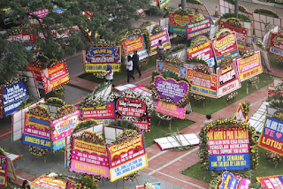 Toko Bunga Papan di Jakarta