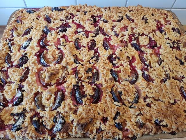 Zwetschgen Quark Kuchen Mit Streussel Auf Dem Grossen Ofenzauberer