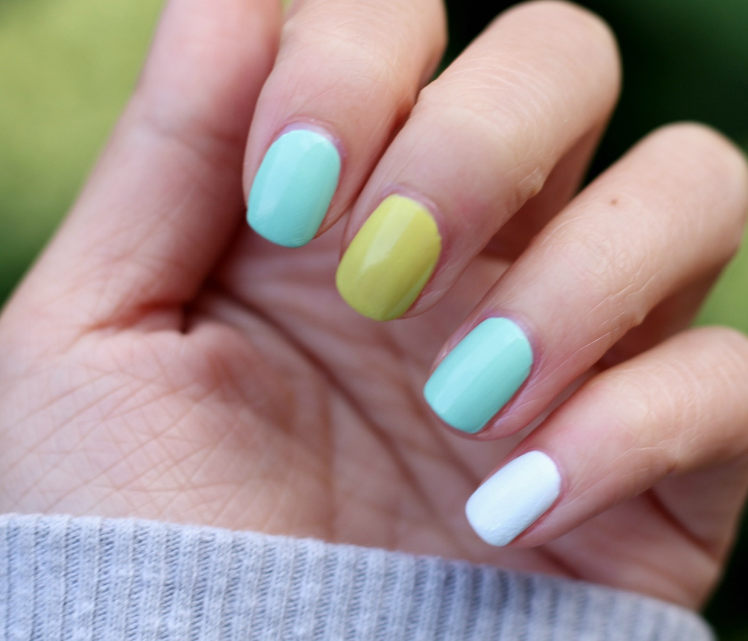 Essence Nail Polish Collection + Nail of the Day Roundups ...